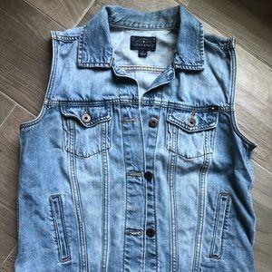 Lucky Brand light jean vest